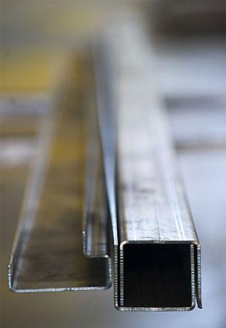 Nuovalamieprofil Sarmato lavorazioni metalli
